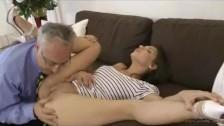 Porno malaletnih
