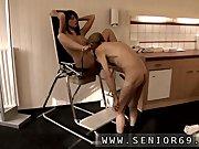 Порно онлайн скрытая камера массаж