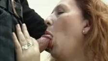 Порно кусающихся зрелых женщин