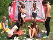 Порно онлайн студенты вечеринки