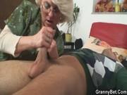 Порно зрелых бабушек бесплотное видео он лайн