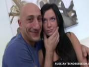 Русское порно анал лёжана животе